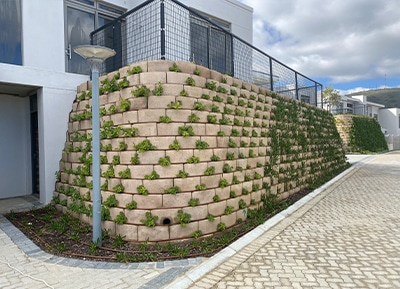 Retaining-walls-gallery10
